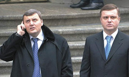 На фото Андрей Кравец и Сергей Льовочкин